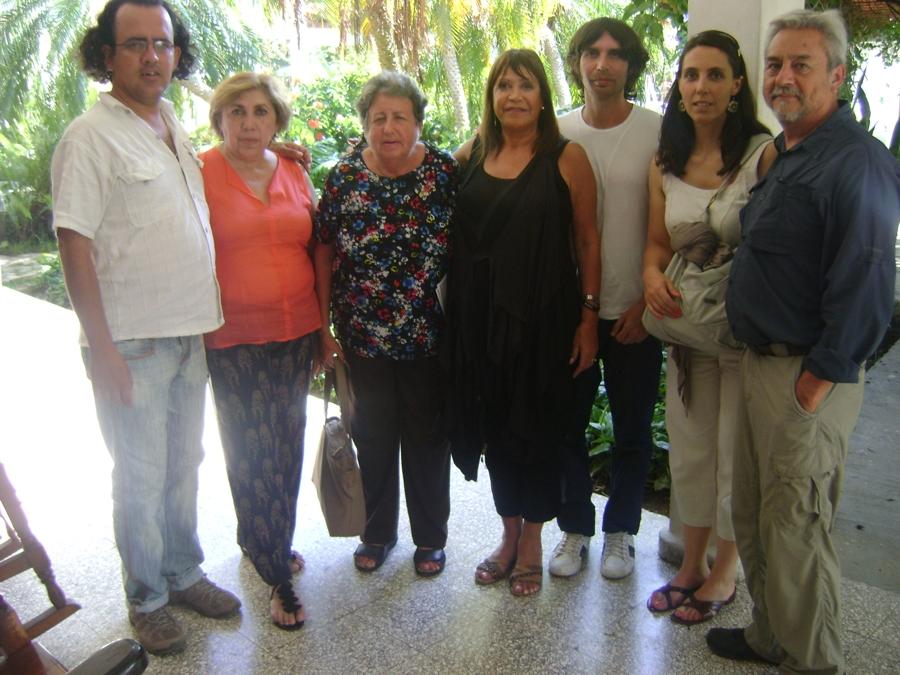 http://www.medicinayarte.com/img/cuba_villa_clara_maestria_de_la_salud_2013_v4.JPG