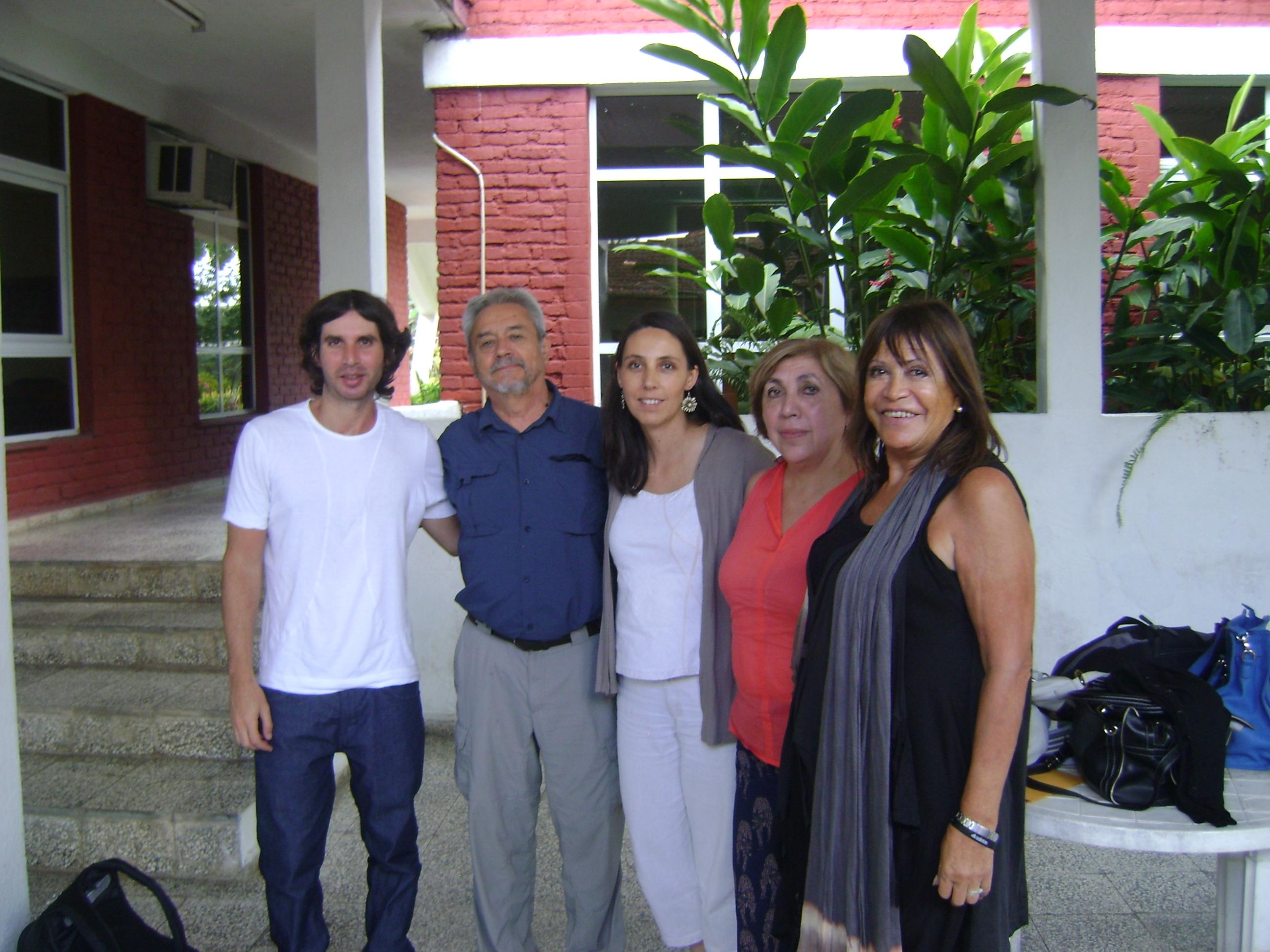http://www.medicinayarte.com/img/poetas_de_la_salud_v2.JPG